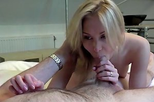 Young Chick Gets He Cunt Banged Porn Videos