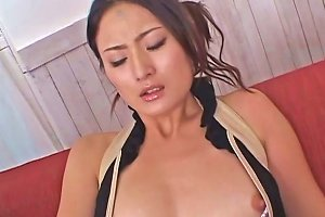 Luscious Japanese Babe Gets Her Hairy Vagina Finger Fucked